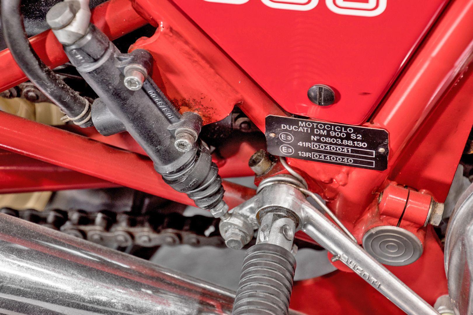 1984 Ducati 900 Mike Hailwood Replica 81563