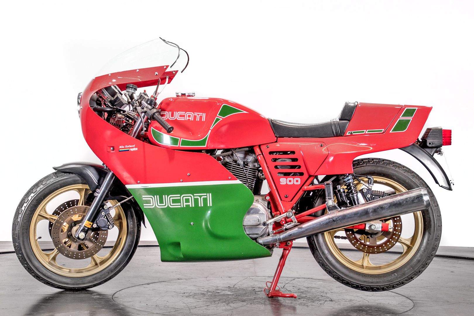 1984 Ducati 900 Mike Hailwood Replica 81548