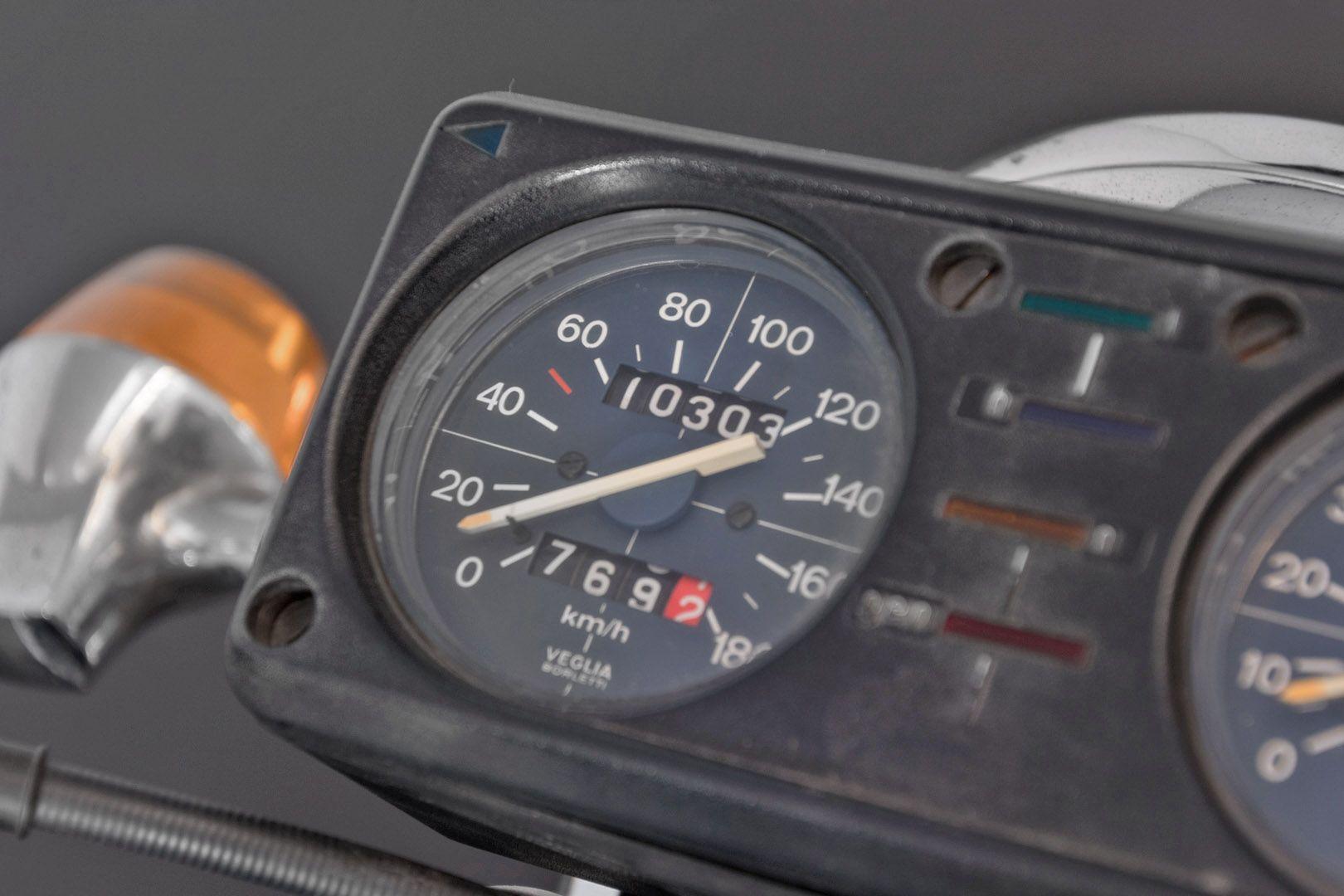 1976 Moto Guzzi 250 2C 2T 74675