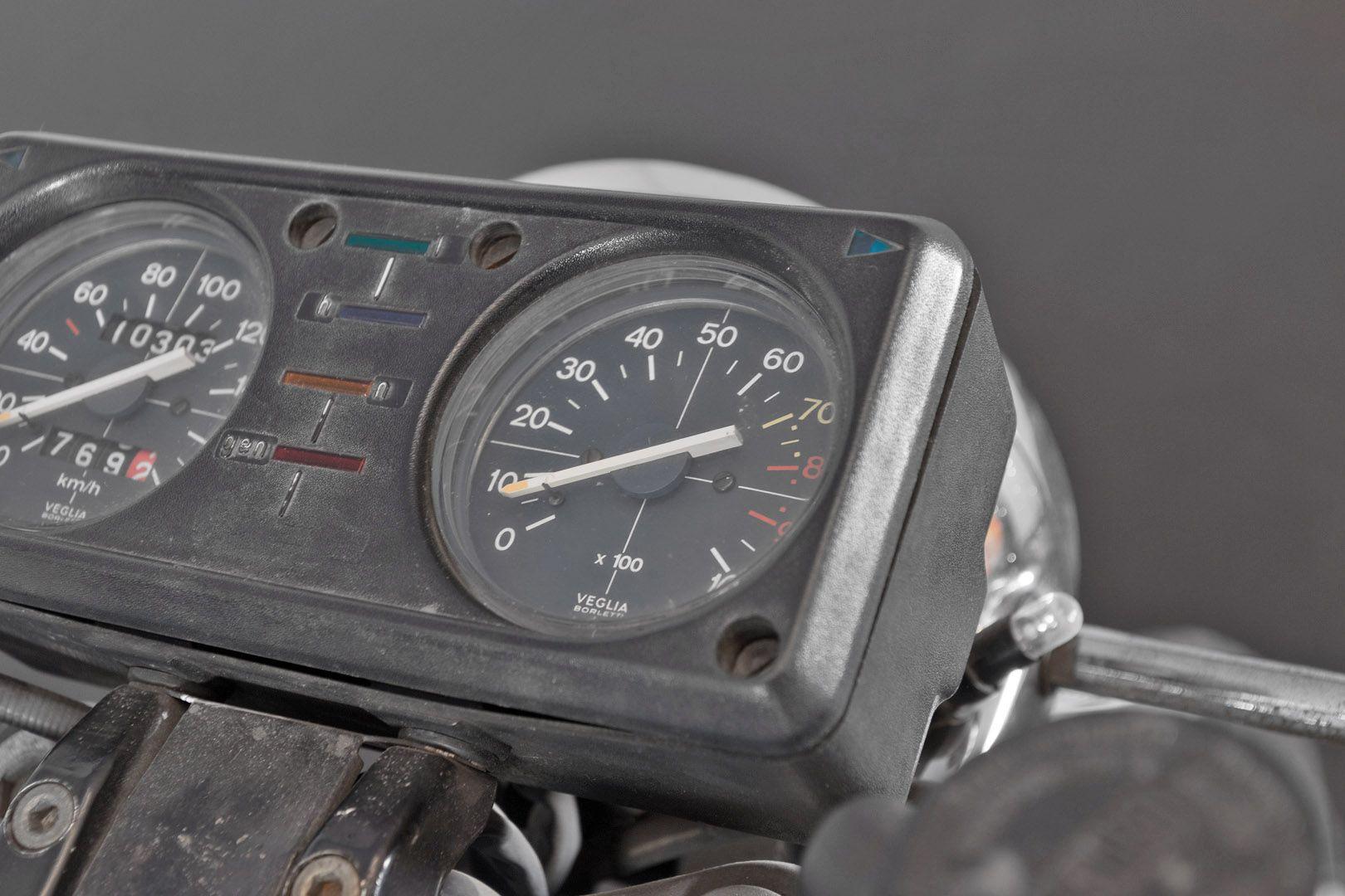 1976 Moto Guzzi 250 2C 2T 74674