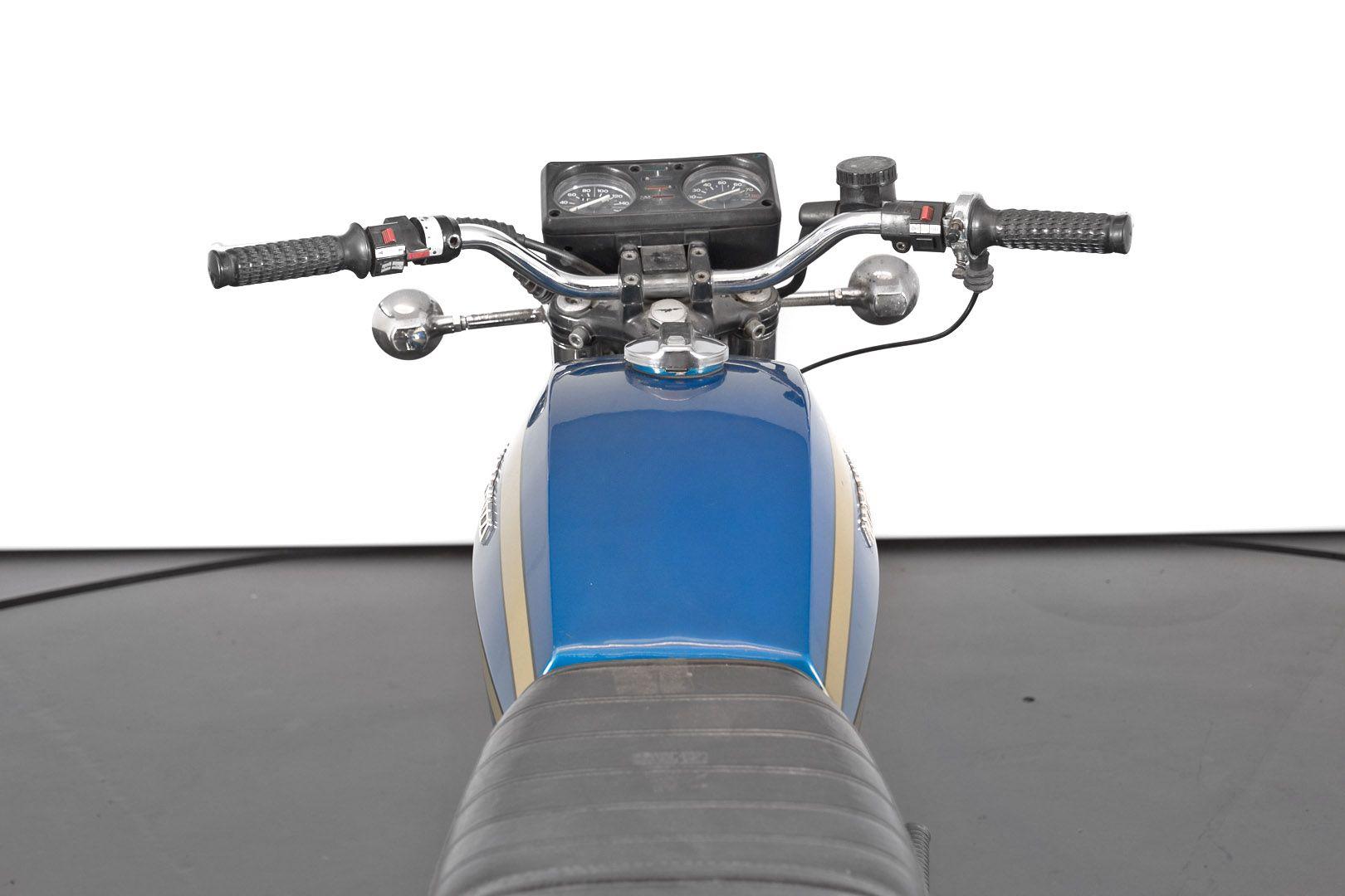 1976 Moto Guzzi 250 2C 2T 74680
