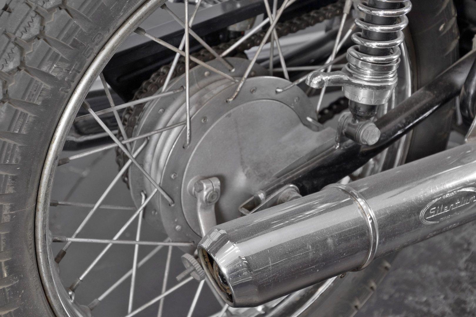 1976 Moto Guzzi 250 2C 2T 74671