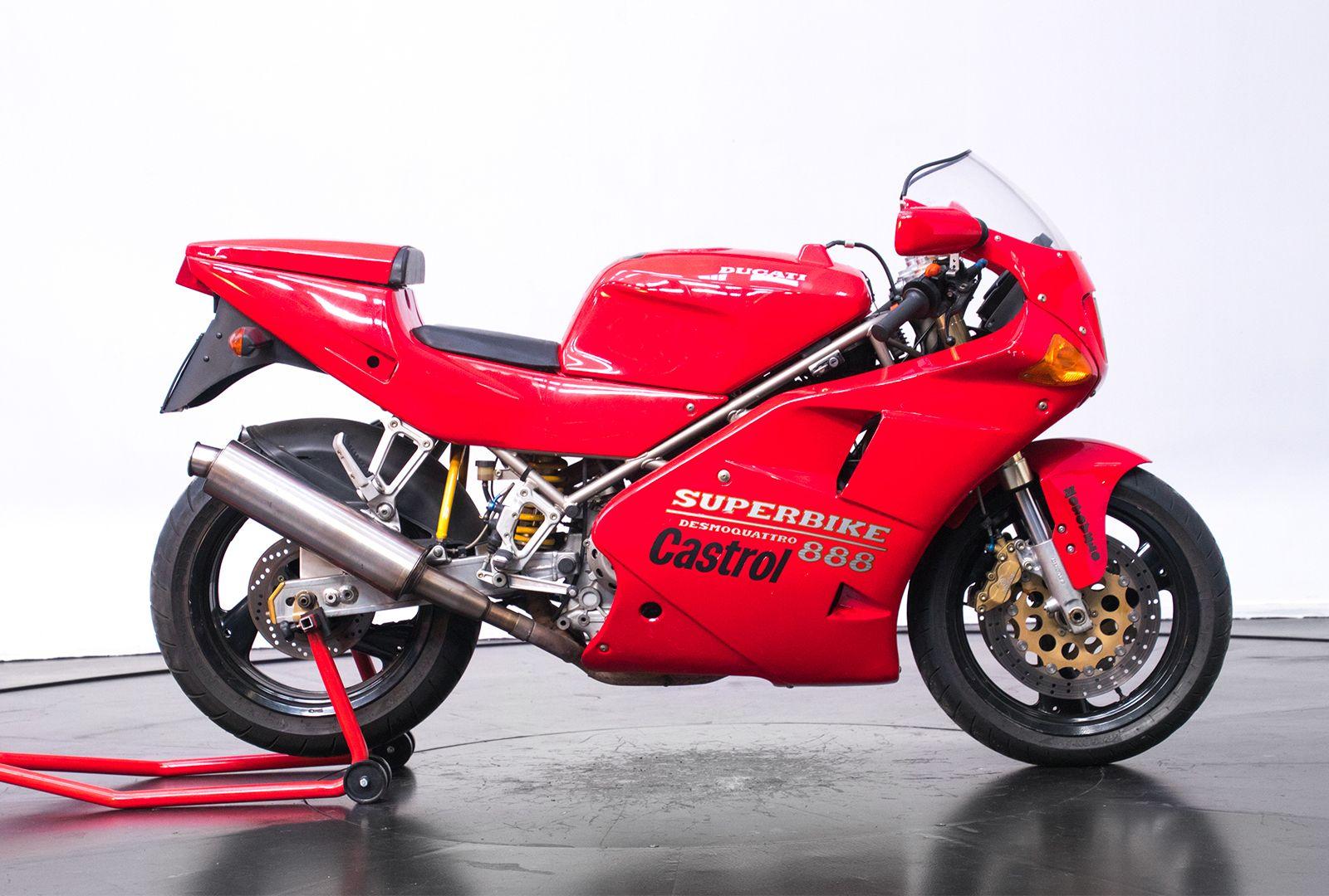 1993 Ducati Superbike 888 Desmoquattro 17906