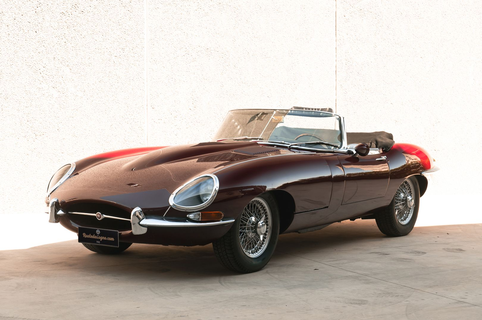 1968 Jaguar E-Type 4.2 Series 1 OTS 75579