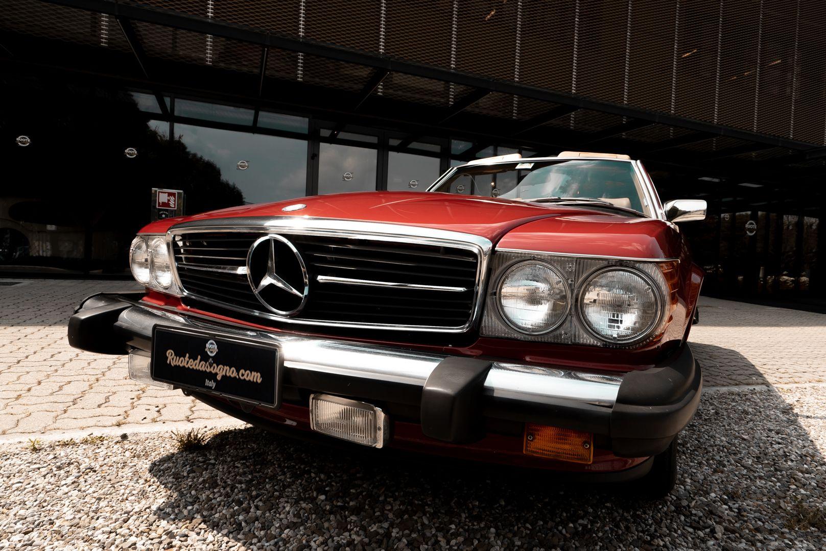 1985 Mercedes-Benz SL 560 73632
