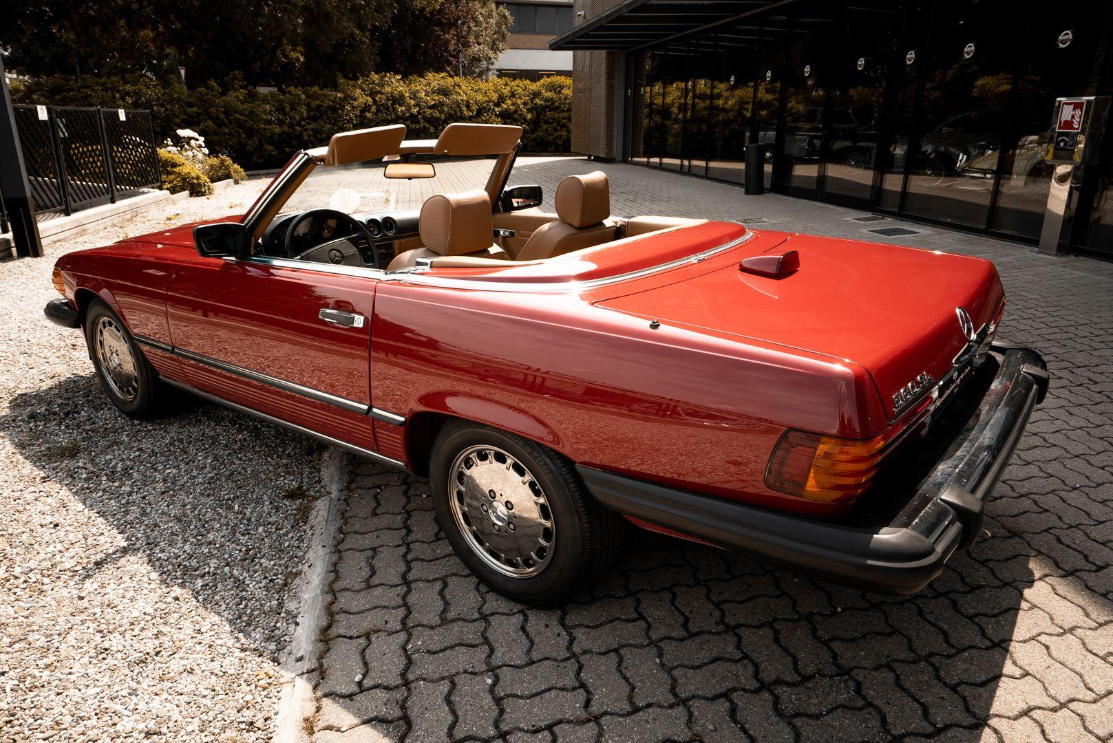 1985 Mercedes-Benz SL 560 73634