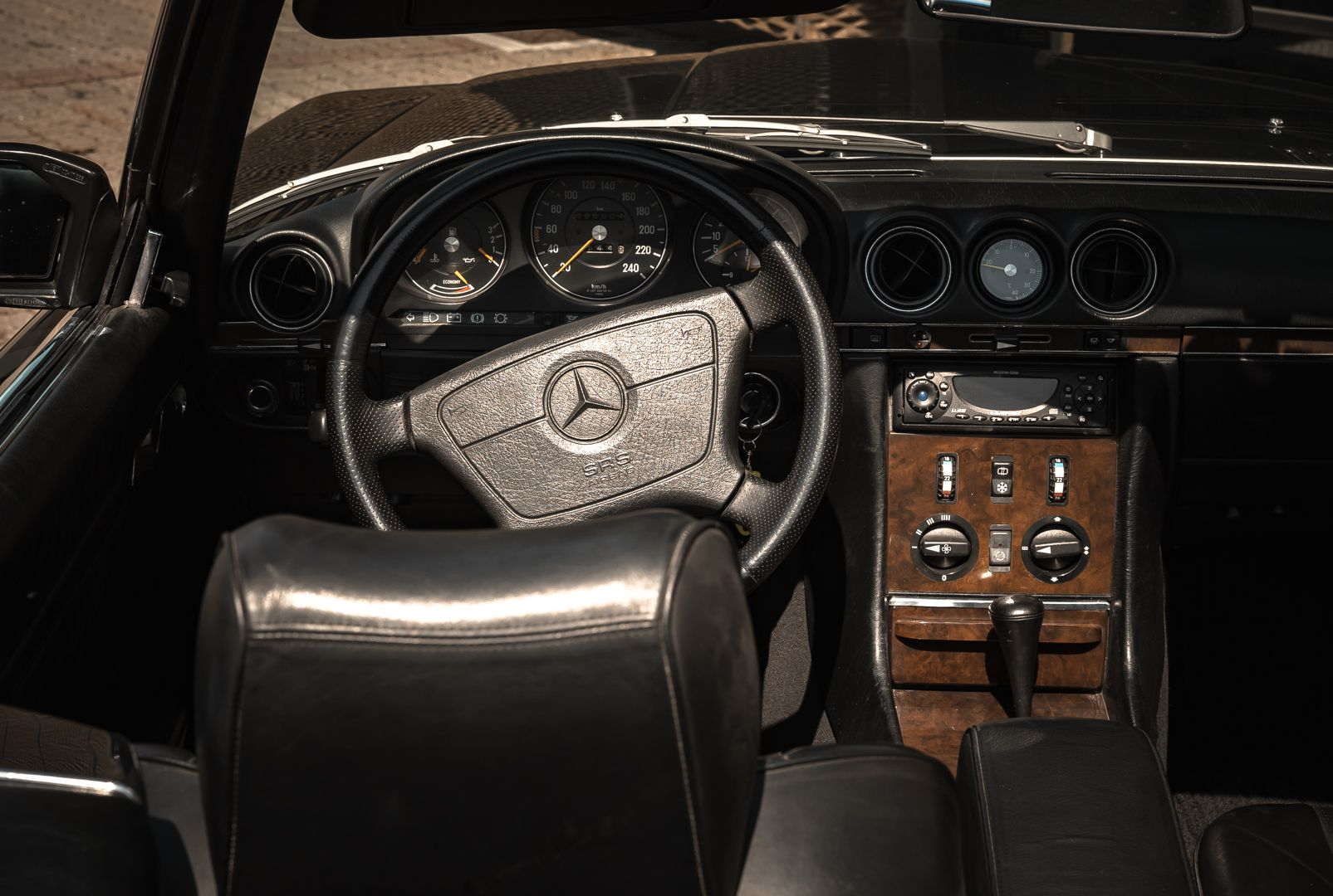 1989 Mercedes-Benz SL 300  67464
