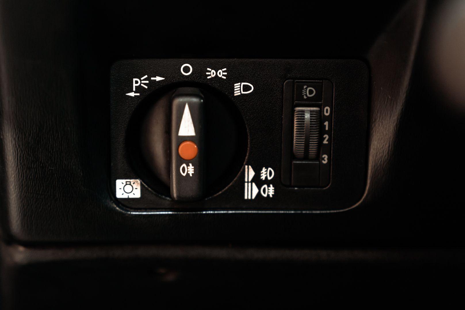 1985 Mercedes-Benz 190E 2.3-16 71365