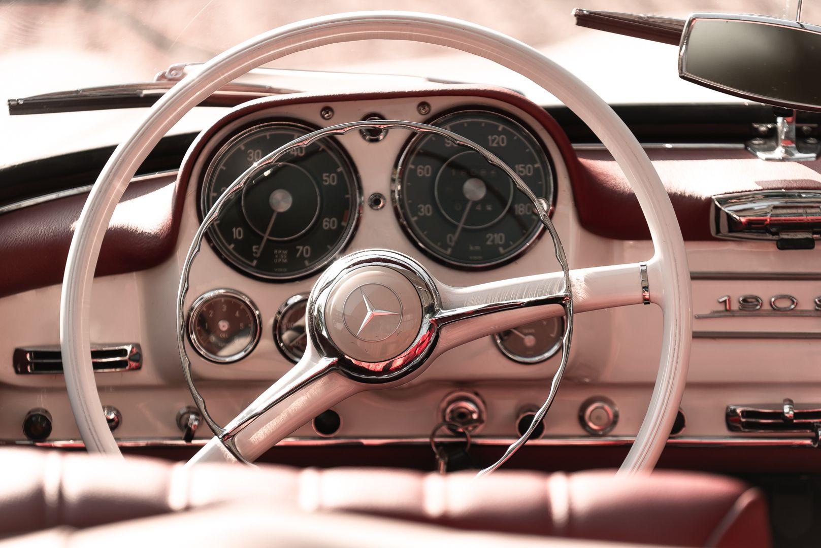 1959 Mercedes-Benz 190 SL 82327