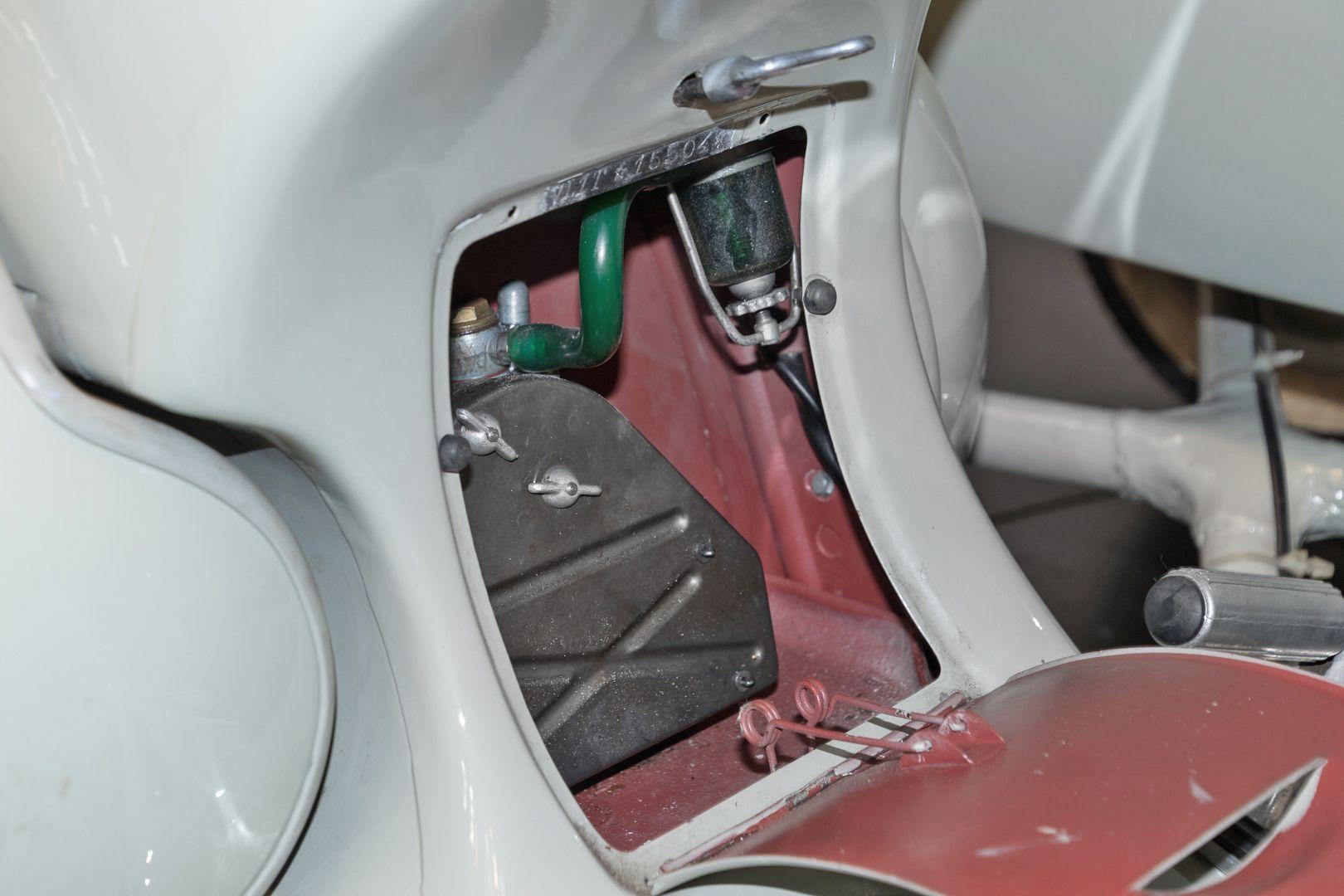 1955 Piaggio Vespa Struzzo Sidecar 37883