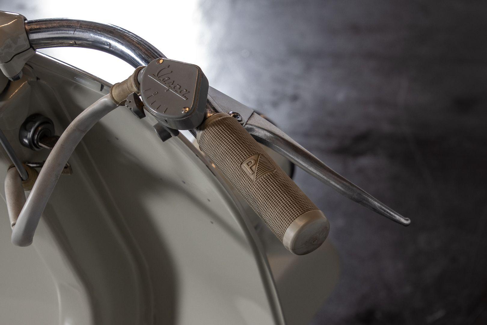 1954 Piaggio Vespa faro basso 56115