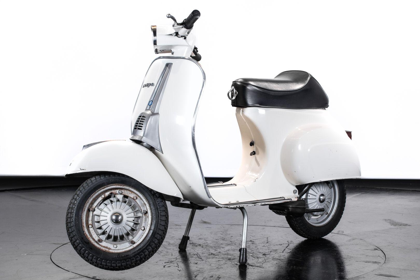 1972 Piaggio Vespa 50 Special 70180