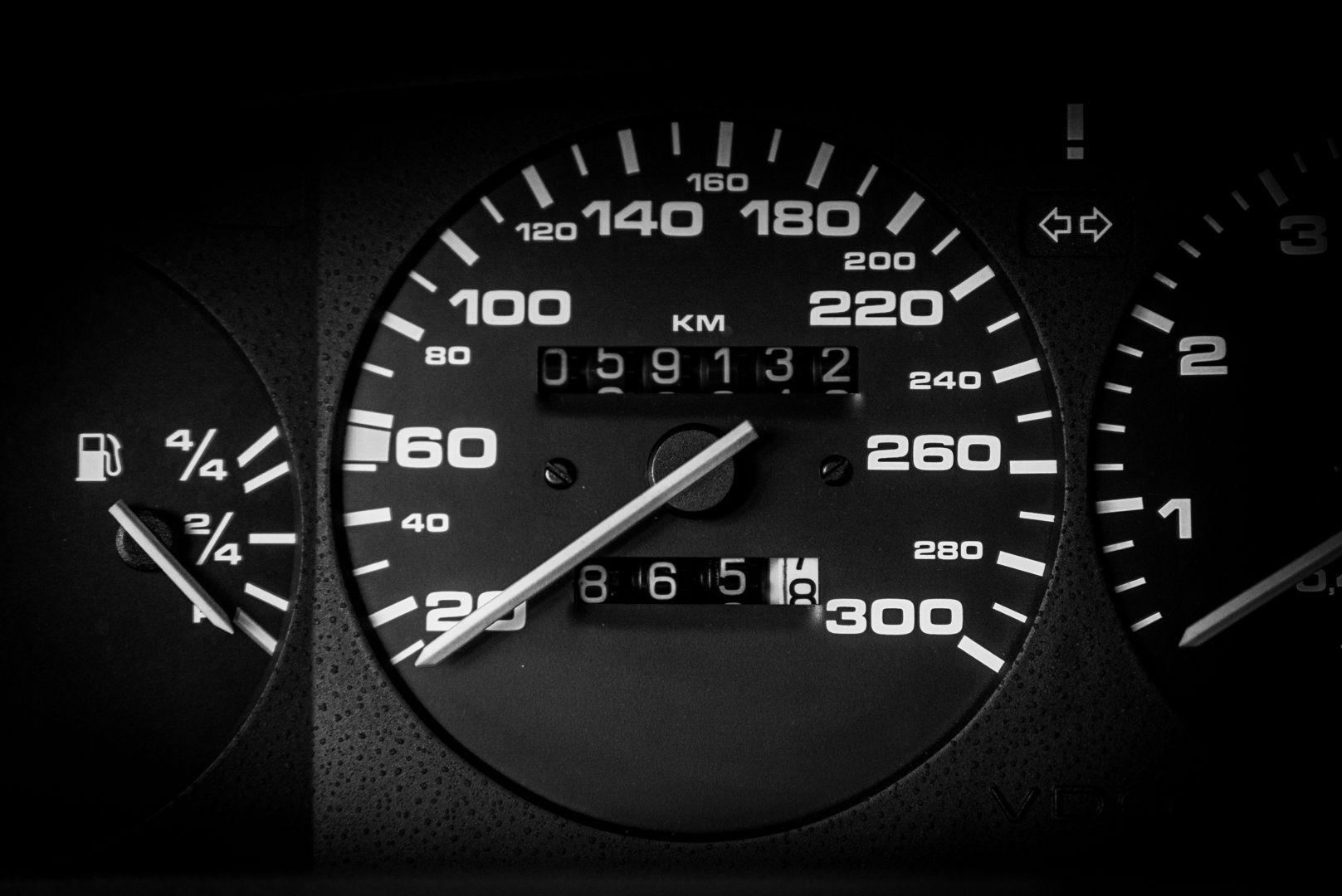 1988 Porsche 944 Turbo S Spec 62133