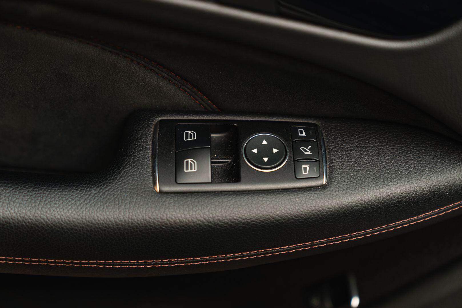 2012 Mercedes-Benz C63 AMG Black Series 71799