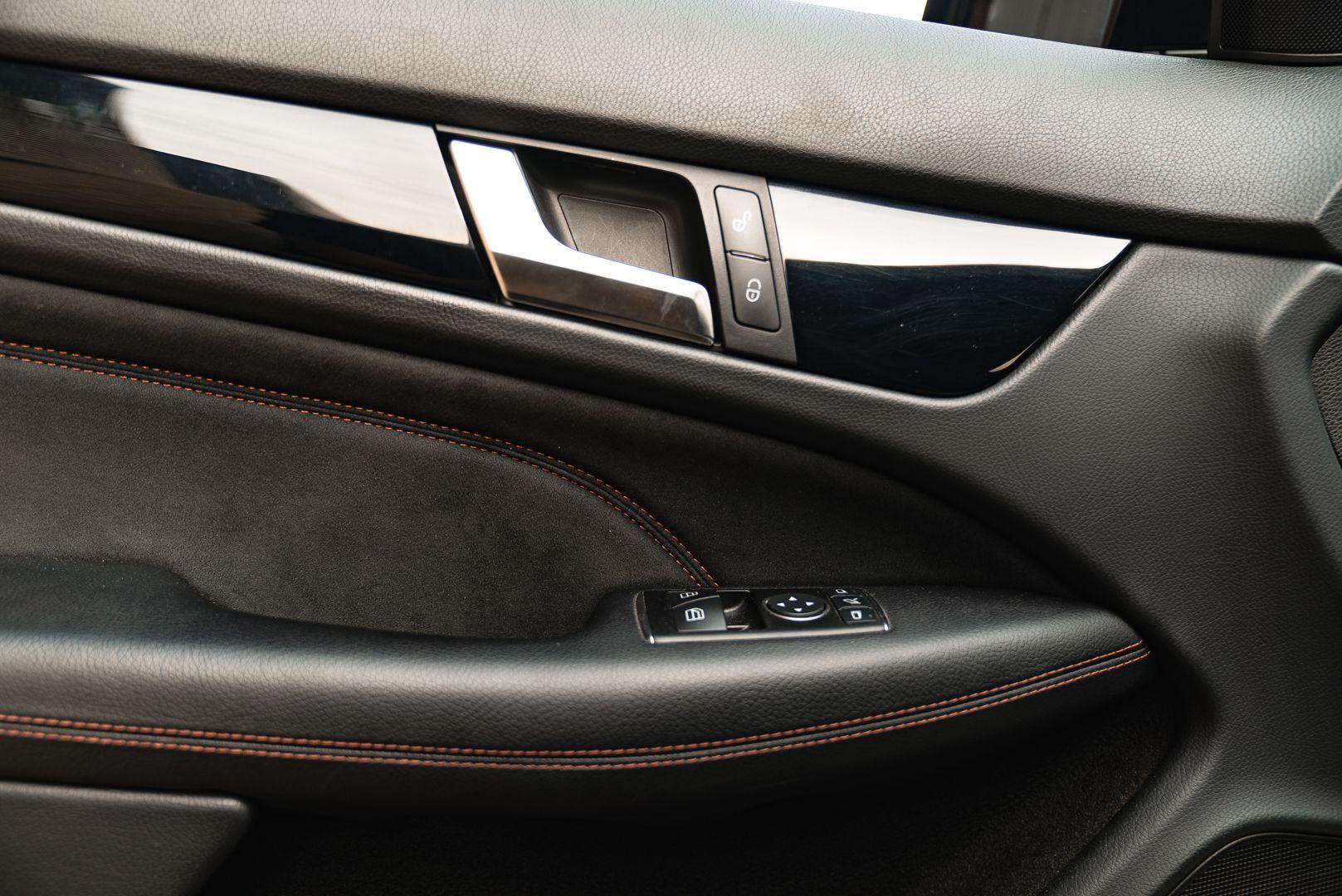 2012 Mercedes-Benz C63 AMG Black Series 71801