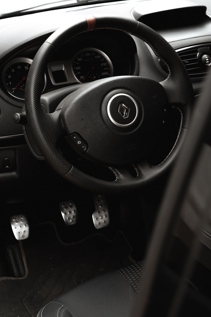 2006 Renault Clio 2.0 RS 81112