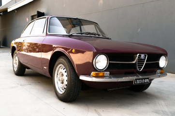 1973 Alfa Romeo GT 1300 Junior