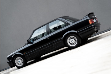 1988 BMW 320 IS
