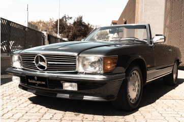 1989 Mercedes-Benz SL 300