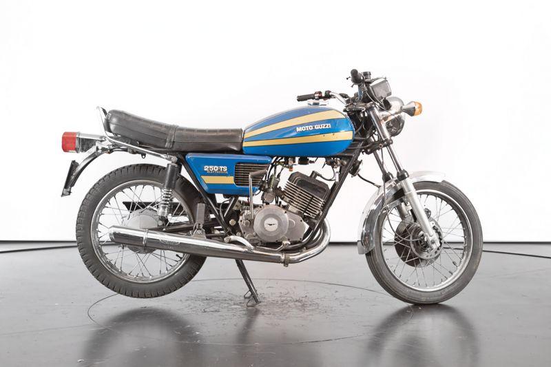 1976 Moto Guzzi 250 2C 2T 74668