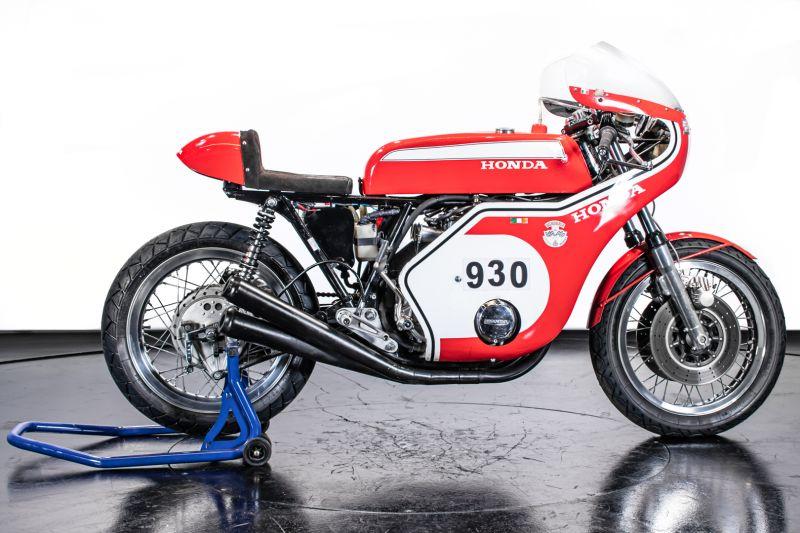 1973 Honda 750 Daytona Replica 72353