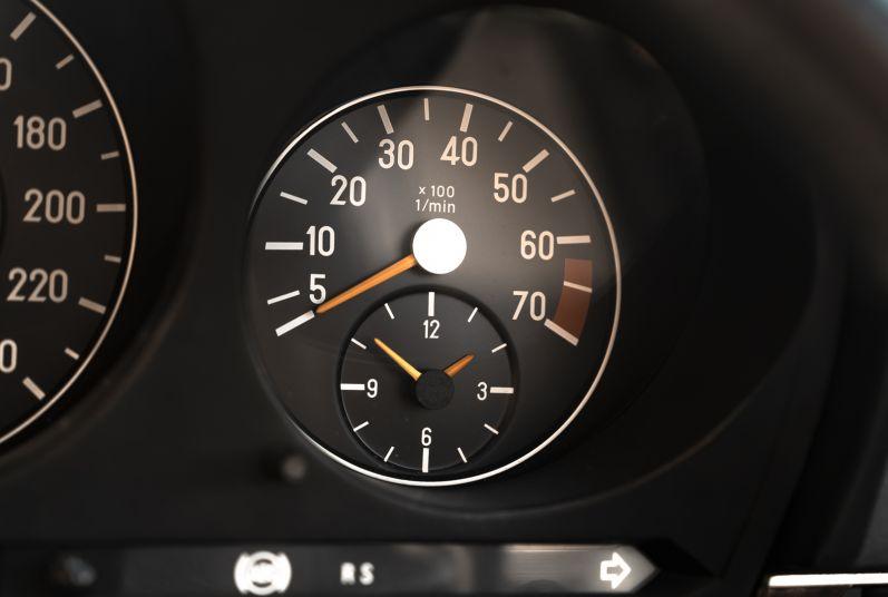 1989 Mercedes-Benz SL 300  67470