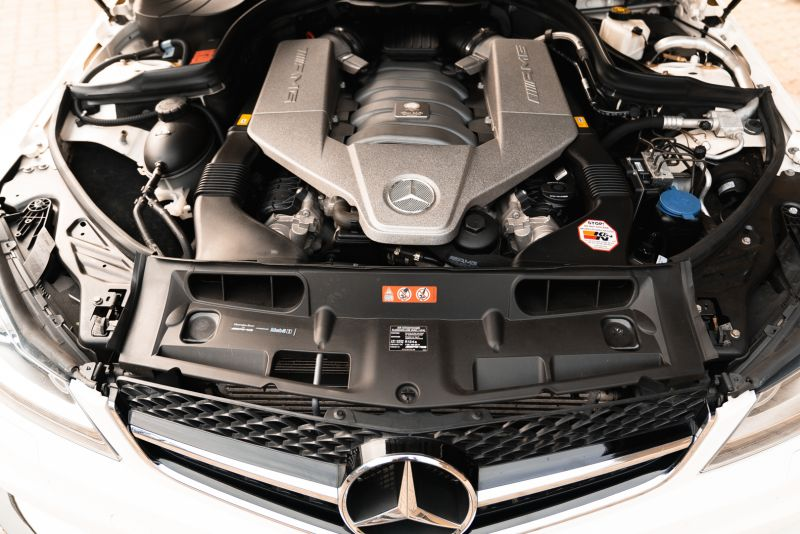 2012 Mercedes-Benz C63 AMG Black Series 71813