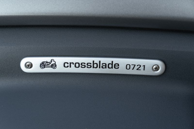 2004 Smart Microcompact Cross C Blade 79250