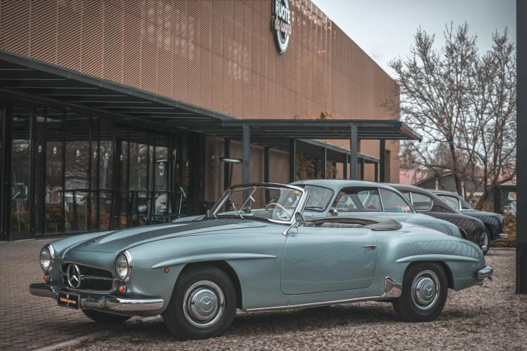 1956 Mercedes-Benz 190 SL 35