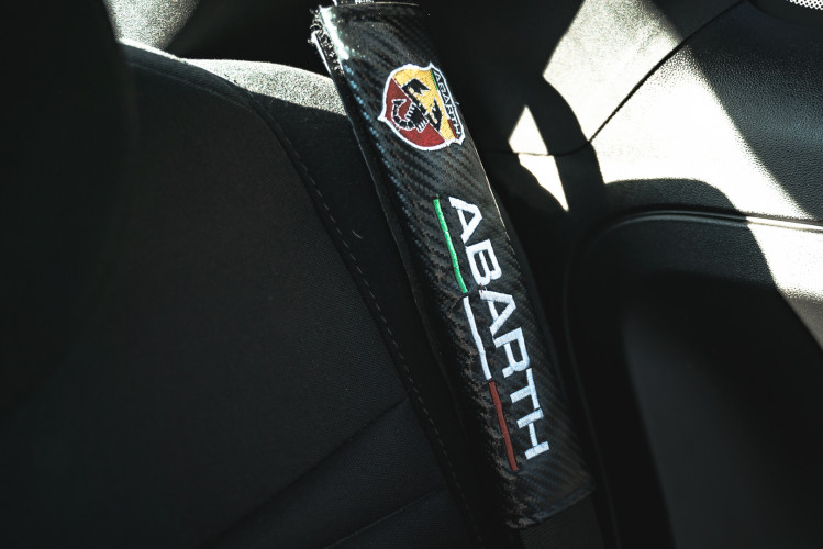 2017 Abarth 695 XSR Yamaha Limited Edition 42