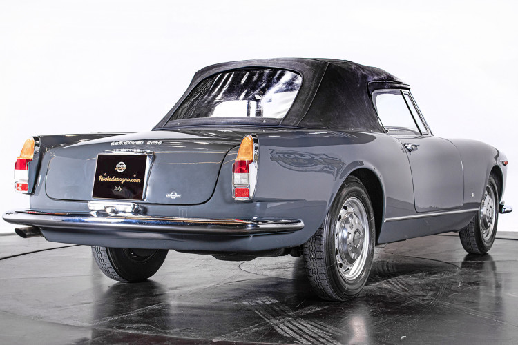 1966 ALFA ROMEO 2600 SPIDER TOURING 11