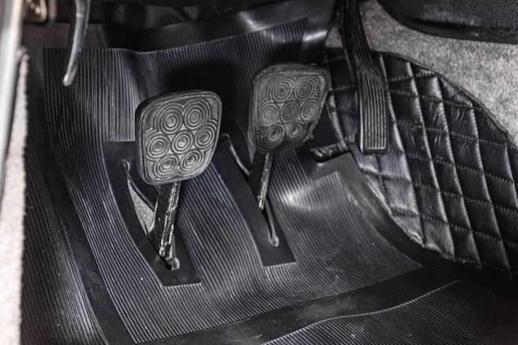 1966 ALFA ROMEO 2600 SPIDER TOURING 34