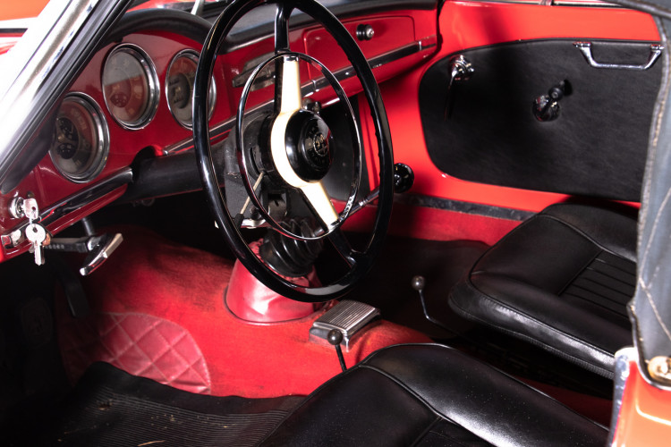 1962 Alfa Romeo Giulietta Spider 17