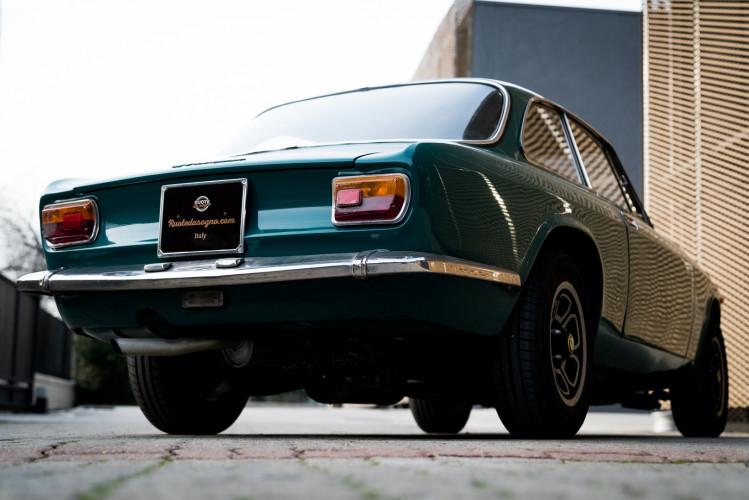 1970 Alfa Romeo GT 1300 Junior 0