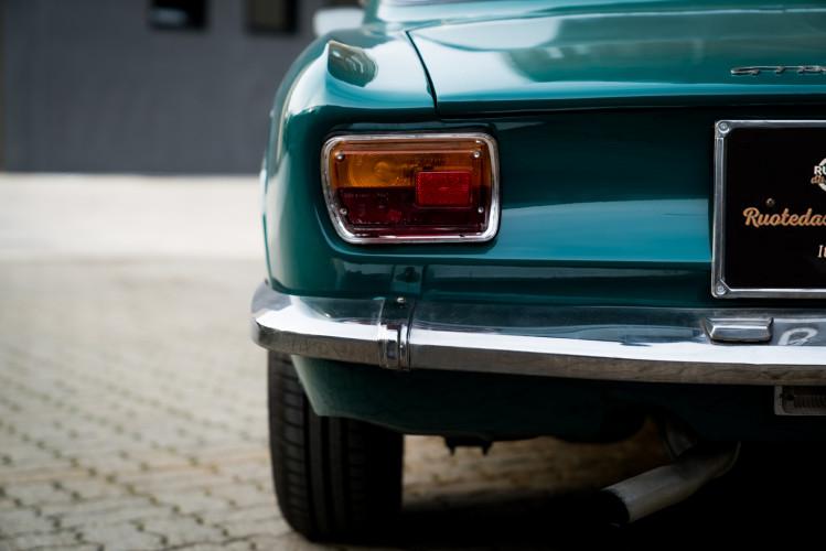 1970 Alfa Romeo GT 1300 Junior 3