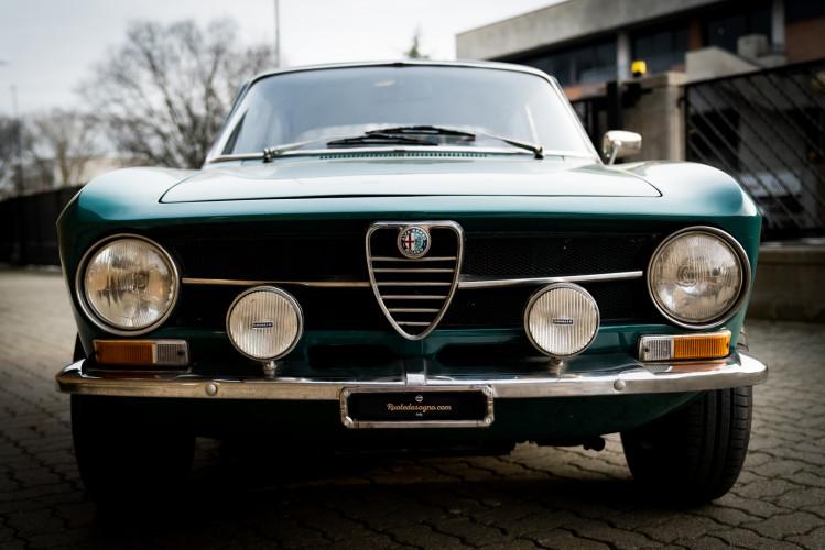 1970 Alfa Romeo GT 1300 Junior 2