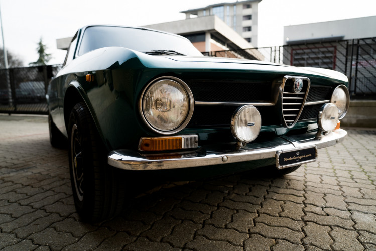1970 Alfa Romeo GT 1300 Junior 4