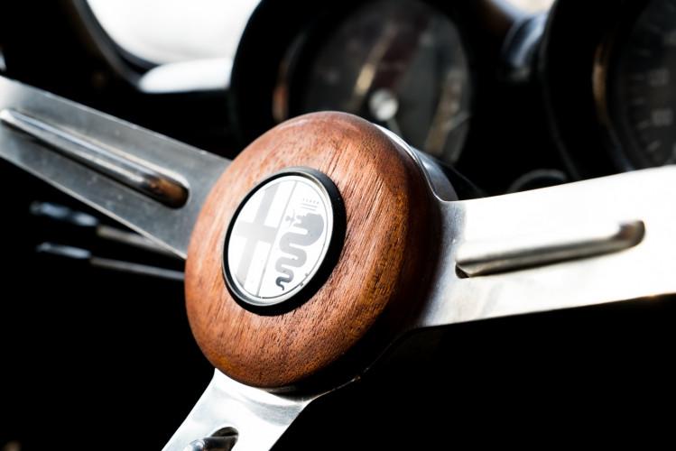 1970 Alfa Romeo GT 1300 Junior 24