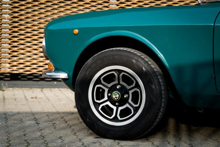 1970 Alfa Romeo GT 1300 Junior 5