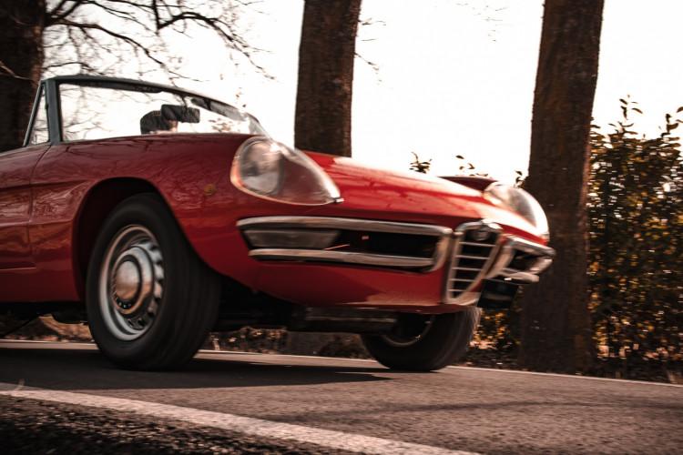 """1970 Alfa Romeo Duetto 1750 """"osso di seppia"""" 2"""