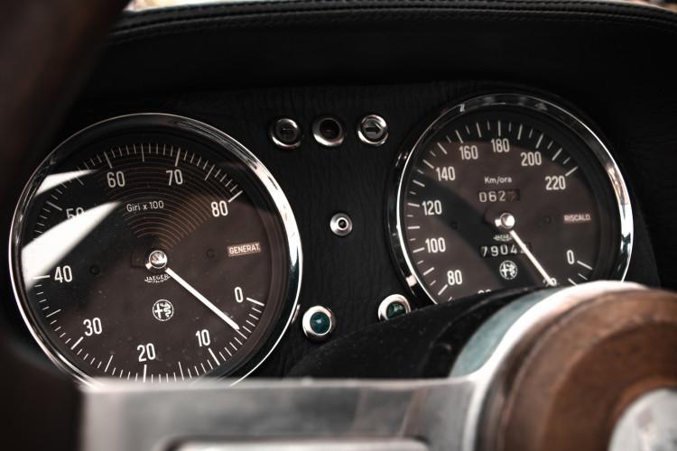 """1970 Alfa Romeo Duetto 1750 """"osso di seppia"""" 21"""