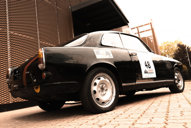 1962 Alfa Romeo Giulietta Sprint 1300 Race Car 4