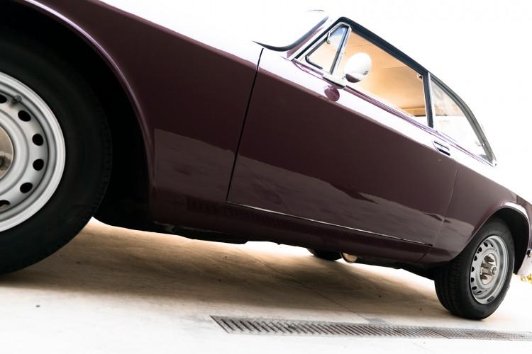 1973 Alfa Romeo GT 1300 Junior 8