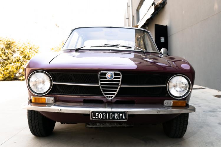 1973 Alfa Romeo GT 1300 Junior 2
