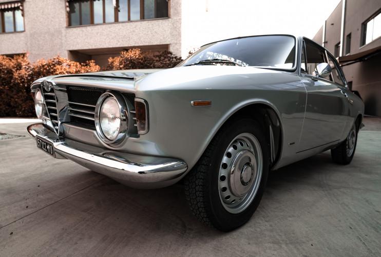 1967 Alfa Romeo Giulia Sprint GT 1600 3