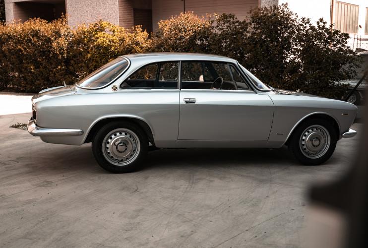 1967 Alfa Romeo Giulia Sprint GT 1600 10