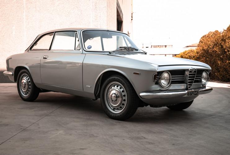 1967 Alfa Romeo Giulia Sprint GT 1600 0