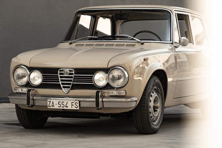 1972 Alfa Romeo Giulia Super 1300 5