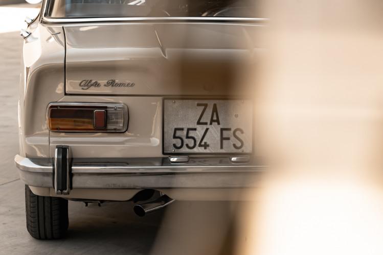 1972 Alfa Romeo Giulia Super 1300 9