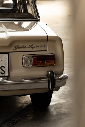 1972 Alfa Romeo Giulia Super 1300 8